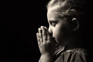 Peuples et enfants victimes : de la reconnaissance à la reconstruction.